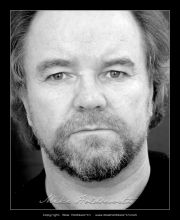 Dave Bowles Actors Headshot 5.jpg