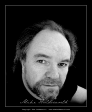 Dave Bowles Actors Headshot 7.jpg