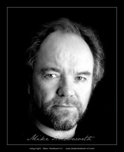 Dave Bowles Actors Headshot 8.jpg