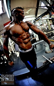 Femi Billyrose WBFF Pro 3D Muscle at Muscleworks Gym (Featured) 48