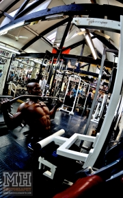 Femi Billyrose WBFF Pro 3D Muscle at Muscleworks Gym (Featured) 54