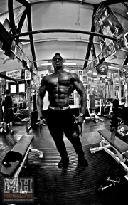 Femi Billyrose WBFF Pro 3D Muscle at Muscleworks Gym (Featured) 8