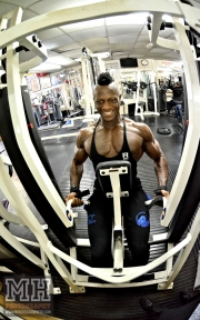 Femi Billyrose WBFF Pro 3D Muscle at Muscleworks Gym (Featured) 89