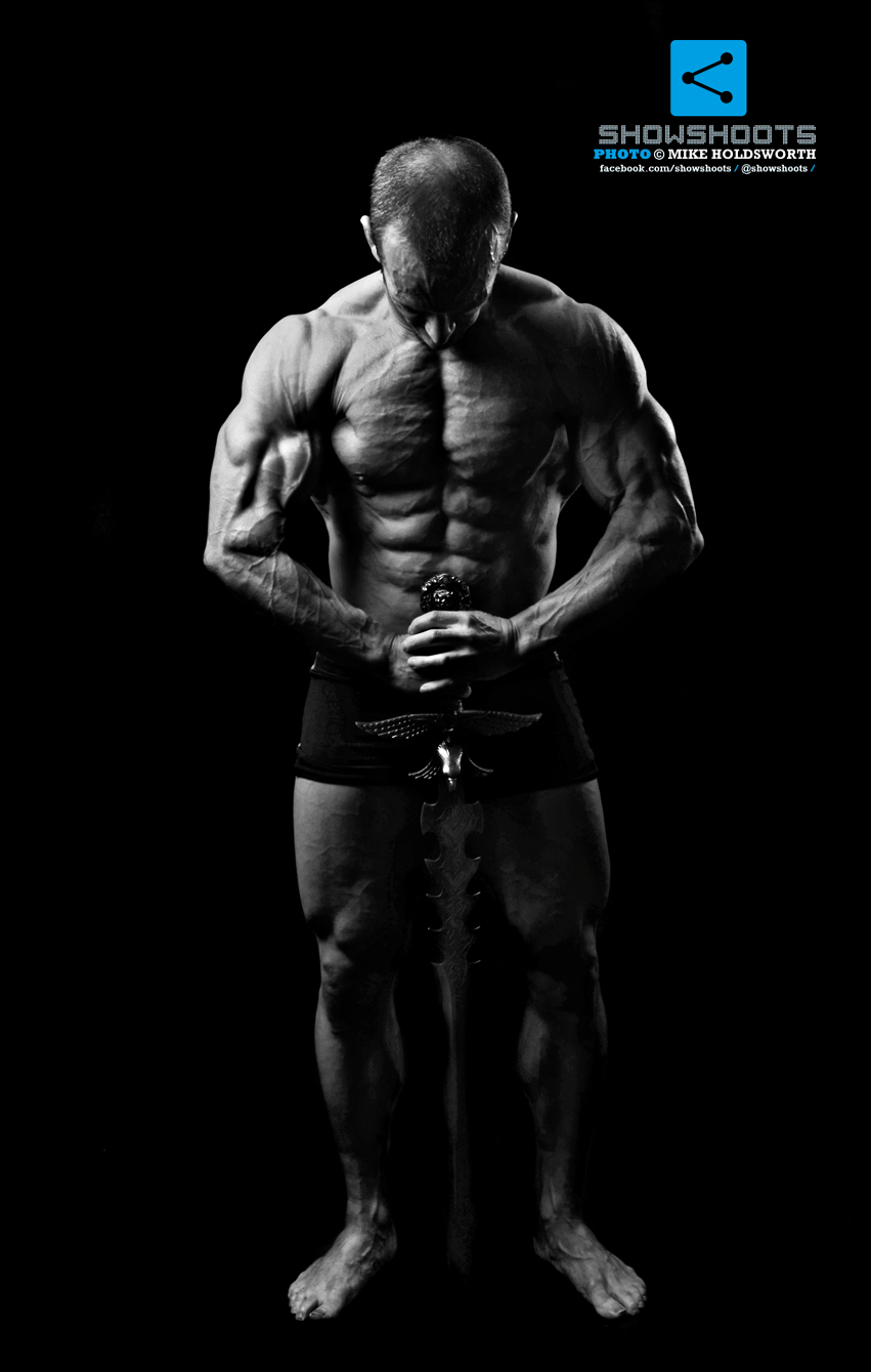 Mike Holdsworth | Mark Oakes Studio Shoot 2013 for Bodybuilding Photography Lighting  155fiz